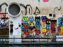 Arte da rua em Paris foto de stock