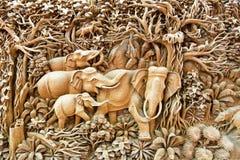 Arte de cinzeladura de madeira de Tailândia Foto de Stock Royalty Free