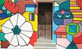 Arte de la calle en Melaka con una puerta Fotos de archivo libres de regalías