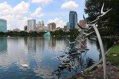 Arte de la escultura en el parque de Eola del lago Foto de archivo libre de regalías