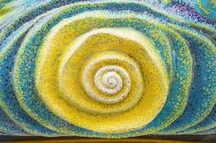 Arte de la teja esmaltada en la pared del santuario Foto de archivo