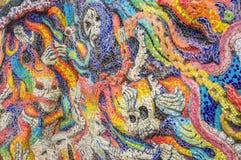 Arte de los fantasmas esmaltados de la teja en la pared del santuario Imágenes de archivo libres de regalías