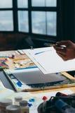 Arte de pintura de la creatividad de la inspiración del artista fotografía de archivo libre de regalías