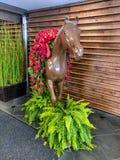 Arte del caballo de Kentucky derby con las rosas fotos de archivo libres de regalías
