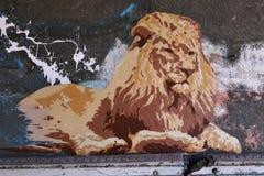 Arte del cartel de la calle de un león Fotografía de archivo libre de regalías