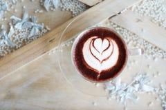Arte del Latte en el chocolate caliente Imagenes de archivo