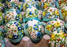 arte della pittura del fiore delle uova di Pasqua immagini stock libere da diritti
