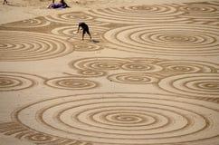 Arte della sabbia alla spiaggia di Tolcarne, Newquay fotografia stock libera da diritti
