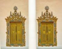Arte delle finestre tailandesi del palazzo del modello Immagine Stock Libera da Diritti