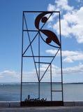 Arte di Almada Negreiros vicino al fiume di Tgus, Lisbona Immagine Stock