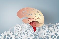 Arte di carta del cervello con l'idea di concetto dell'ingranaggio Immagini Stock Libere da Diritti