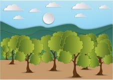 Arte di carta della montagna e dell'albero con la foglia verde ed il cielo con le nuvole fondo, illustrazione di vettore illustrazione di stock