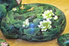 Arte di pietra con il fiore di loto Fotografia Stock Libera da Diritti
