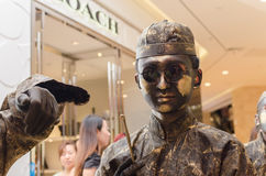 Arte do desempenho, Bronzemen Fotografia de Stock