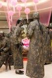Arte do desempenho, Bronzemen Fotos de Stock Royalty Free