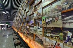 Arte nella stazione della metropolitana di Shanghai Immagini Stock