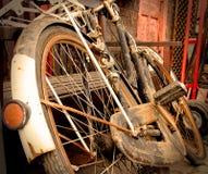 Arte oxidada velha do conceito da bicicleta Fotografia de Stock Royalty Free