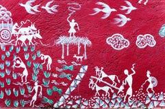 Arte pintado en la pared de un templo de Warli dentro del ` s SGNP de Bombay imagen de archivo libre de regalías