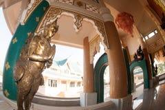 Arte tailandés adornado en la iglesia tailandesa en Wat Pa Phu Kon, Tailandia Foto de archivo libre de regalías