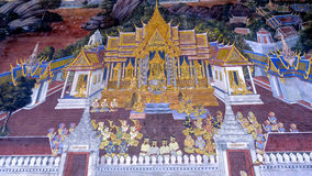 Arte tailandés de la pintura del estilo viejo y x28; 1931& x29; de la historia de Ramayana en la pared del templo de Wat Phra Kae Imagen de archivo libre de regalías