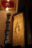 Arte tailandés de la puerta de madera Fotografía de archivo