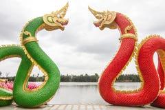 Arte tailandés, estatua de Naka en el templo, Tailandia Imagen de archivo