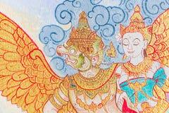 Arte tailandés tradicional de la pintura del estilo en la pared del templo Fotos de archivo