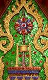 Arte tailandese nel tempiale (lai tailandese) immagini stock