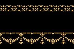 Arte tradicional tailandesa dourada do teste padrão do estilo Fotos de Stock