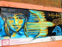 Arte urbano Niño nativo Foto de archivo