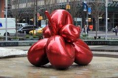 Arte vermelha do ballon de Jeff Koons Imagem de Stock Royalty Free