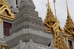 Arte y detalle tailandeses de visita turístico de excursión fotos de archivo libres de regalías