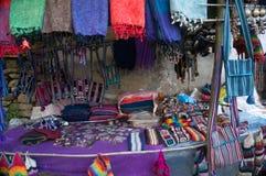 Arte y arte locales de las lanas de los yacs en los pueblos a lo largo del viaje del valle de Langtang nepal foto de archivo