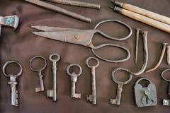 Artefactos envejecidos del metal Fotografía de archivo libre de regalías