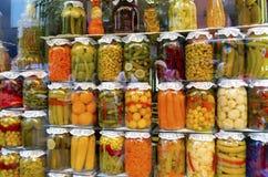 Arten Essiggurken-Glas Stockbild