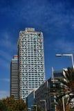 Artes da torre e do hotel de Mapfre Imagens de Stock