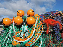 Artes de pesca en el Cobb - el Lyme Regis fotos de archivo