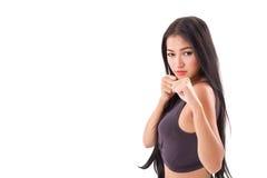 Artes marciais desportivas fortes da prática da mulher da aptidão, encaixotando foto de stock royalty free