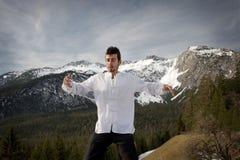 Artes marciais praticando do homem Fotografia de Stock Royalty Free