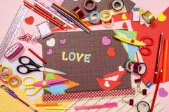 Artes y fuentes del arte para la tarjeta del día de San Valentín del santo Fotos de archivo libres de regalías