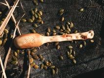 Artesanía en madera de madera de la cuchara Fotos de archivo