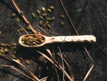 Artesanía en madera de madera de la cuchara Fotografía de archivo