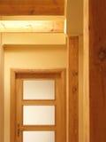 Artesanía en madera interior de la casa Foto de archivo
