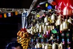 Artesanatos que penduram em um monastério foto de stock royalty free