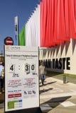 Artesone mostrar la época de la espera en el pabellón de Japón, EXPO Mila 2015 Fotos de archivo libres de regalías