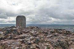 Arthur's位子山顶,高峰在爱丁堡Holyrood公园位于爱丁堡,苏格兰,英国 免版税库存图片