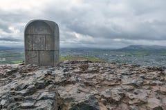 Arthur's位子山顶,高峰在爱丁堡Holyrood公园位于爱丁堡,苏格兰,英国 免版税图库摄影