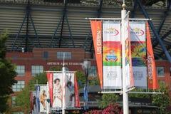 Arthur Ashe stadium świętuje 20th rocznicę przy Billie Cajgowego królewiątka tenisa Krajowym centrum zdjęcia stock