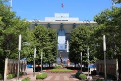 Arthur Ashe Stadium bei Billie Jean King National Tennis Center bereit zum US Open-Turnier Stockbilder