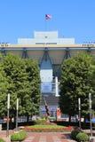Arthur Ashe Stadium in Billie Jean King National Tennis Center klaar voor US Opentoernooien Royalty-vrije Stock Foto's